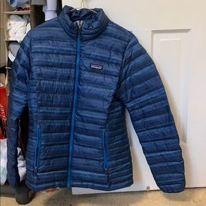blue patagonia down jacket